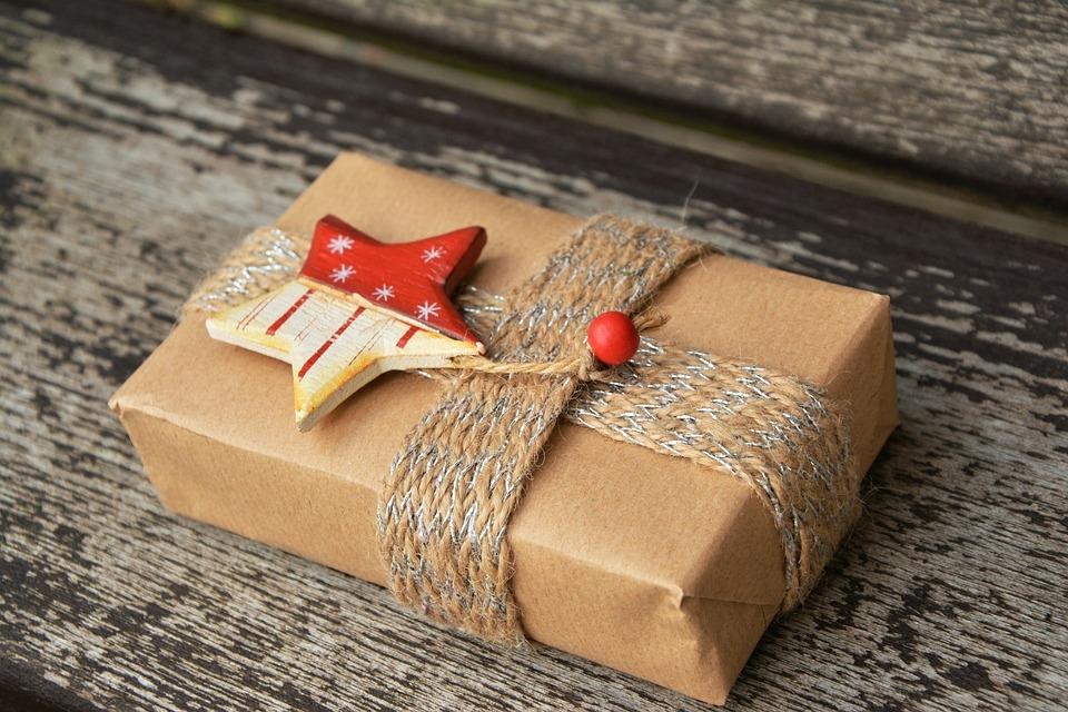1246330e76 Meglepetés karácsonyra - a kép illusztráció Forrás: pixabay.com