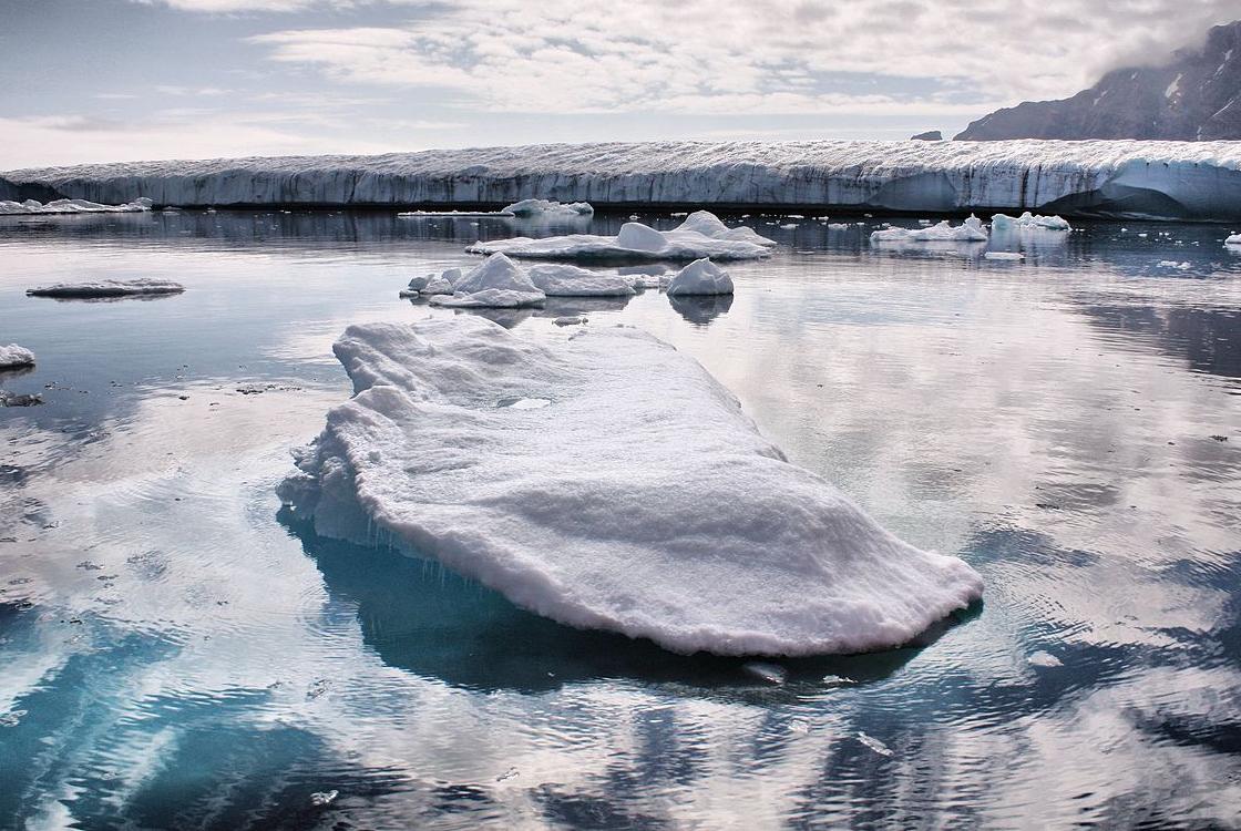 """Képtalálat a következőre: """"Több mint 50 tóra bukkantak a grönlandi jégmező alatt"""""""
